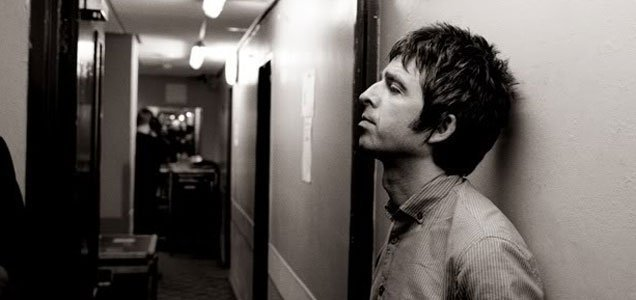 NOEL GALLAGHER HAS OFFERED TO WRITE SONGS FOR LIAM GALLAGHER 1