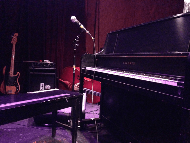AN EVENING WITH A GOON - TOBIAS JESSO JR  Plays The Bootleg