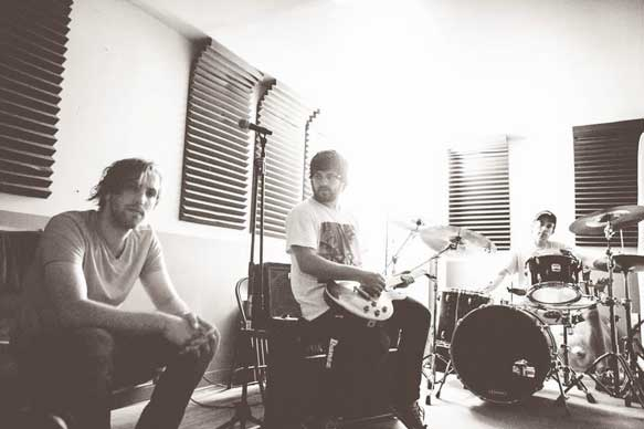 SHARK TAPE- Get UK release for new album 'Marathon'