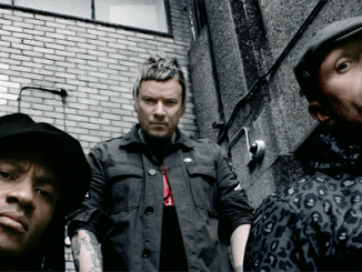 The-Prodigy-stand-tall-colour-(c)-Paul-Dugdale-2015