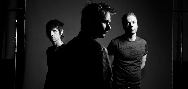 ALBUM REVIEW: MUSE - DRONES