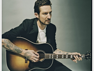 FRANK TURNER - Streams New Track - 'Mittens' - listen