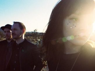 "CHVRCHES - SHARE VIDEO FOR ""LEAVE A TRACE"""