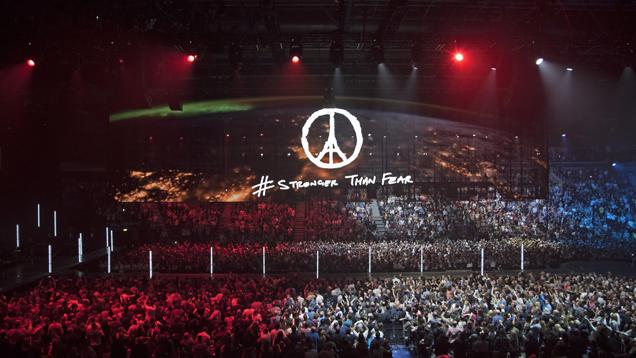 U2 iNNOCENCE + eXPERIENCE TOUR RETURNS TO PARIS