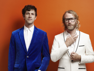 ALBUM REVIEW: EL VY - RETURN TO THE MOON