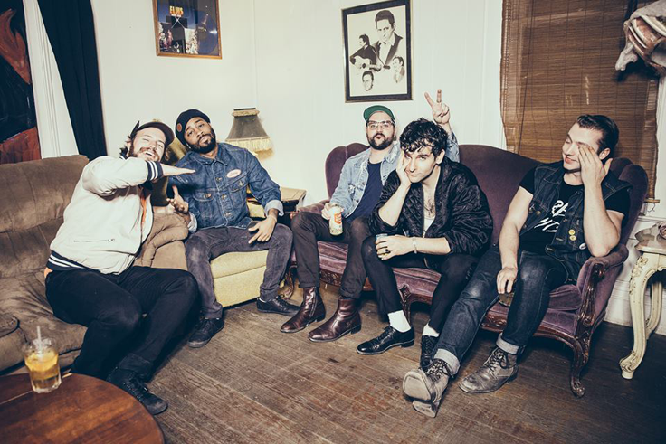 TRACK OF THE DAY: LOW CUT CONNIE -  'Diane (Don't Point That Thing At Me)'