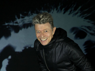 DAVID BOWIE  ★ FIRST #1 U.S. ALBUM TOPS CHARTS WORLDWIDE INCLUDING THE UK, AUSTRALIA