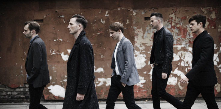 THE FEELING premiere video for new single 'SPIRALLING'