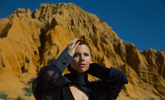 ALBUM REVIEW: SARAH NEUFELD - THE RIDGE