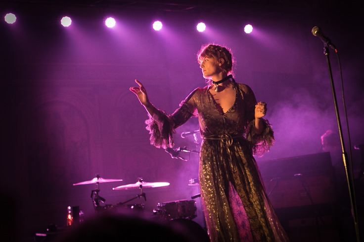 Watch FLORENCE + THE MACHINE Cover FLEETWOOD MAC at Passport to BRITs Week for War Child charity