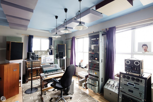 JIMS-Radiophonic-Mix-room-Studio