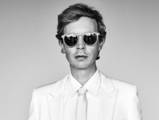 "Beck Releases new single ""WOW"" - listen"