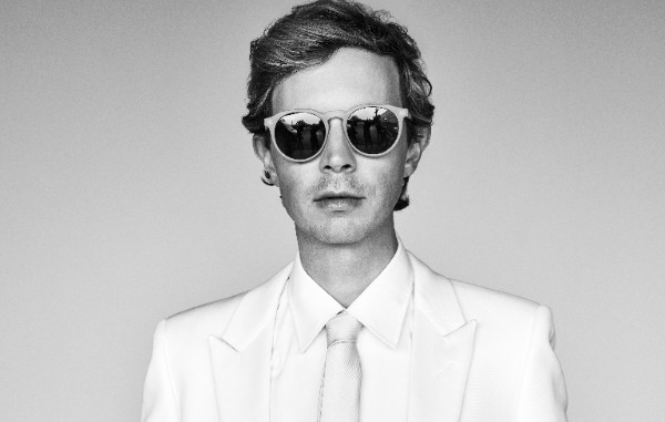 """Beck Releases new single """"WOW"""" - listen"""