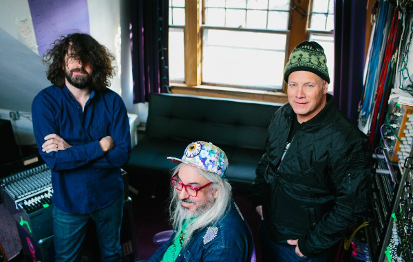Dinosaur Jr. debut new single 'Goin' Down', taken from new album Give a Glimpse of What Yer Not