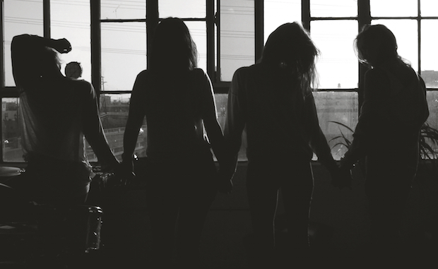 Album Review: Warpaint - Heads Up