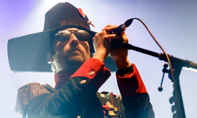 The Divine Comedy release new single 'To The Rescue' - Watch