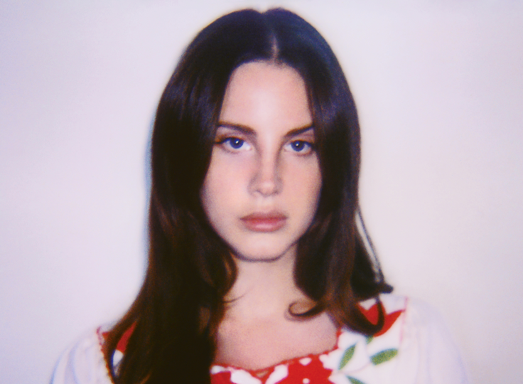 """Lana Del Rey premieres the video to her new track """"LOVE"""" - WATCH"""