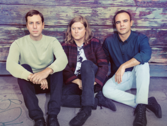 Future Islands announce new album; hear single 'Ran' 1