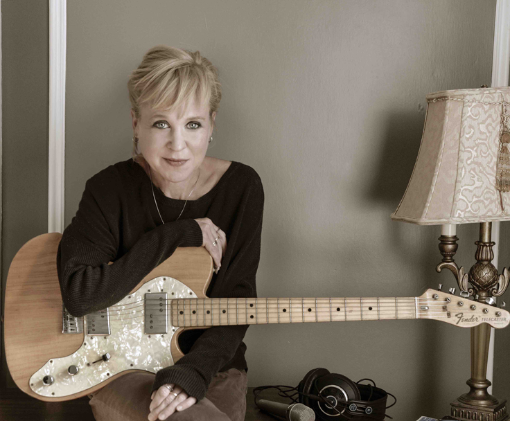 "INTERVIEW: Kristin Hersh Talks Dublin, Works In Progress. Says She's Returning for her ""Ireland Fix"" 1"