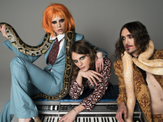 "UNI - Premiere Video For ""What's The Problem"""