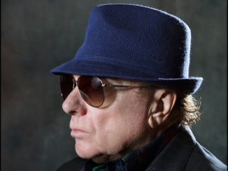 VAN MORRISON - Announces new 37th studio album 'ROLL WITH THE PUNCHES' (out 2 September) + UK tour dates for autumn 2017 1