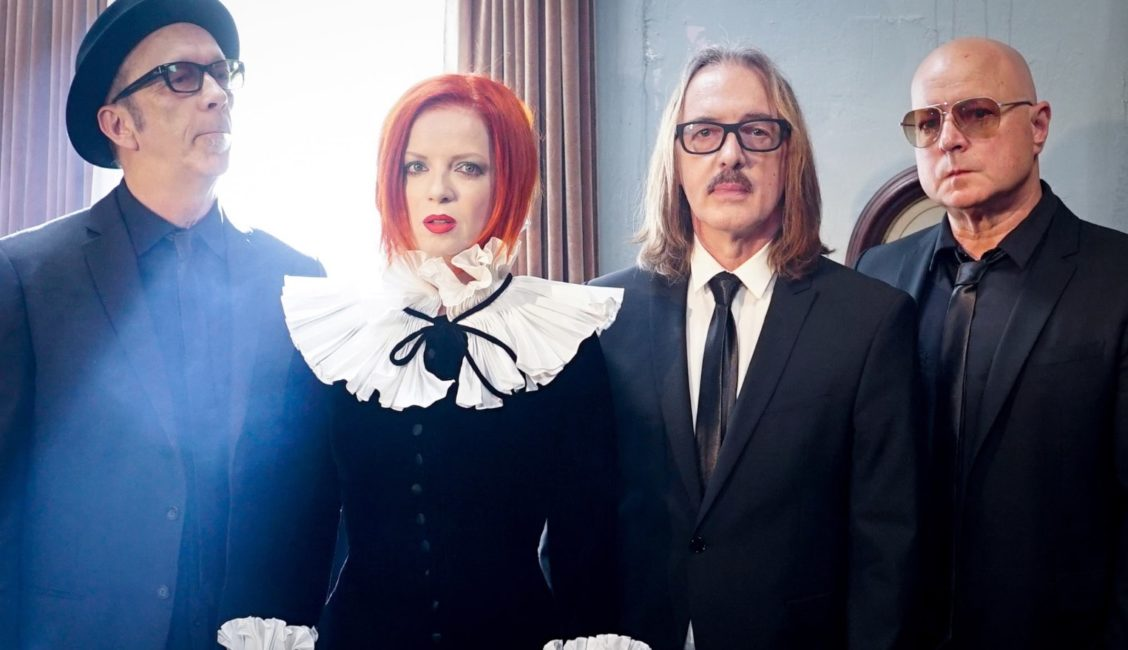 GARBAGE - reveal brand new, politically charged video for current single, 'No Horses'. 2