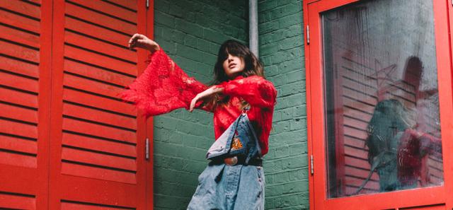 Emerging indie-pop siren Caitlyn Scarlett Unveils stunning new track 'Happy When' - Listen Now!