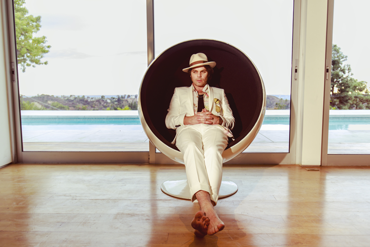 "GAZ COOMBES Announces brand new album, 'WORLD'S STRONGEST MAN' - listen to first track ""DEEP POCKETS"""