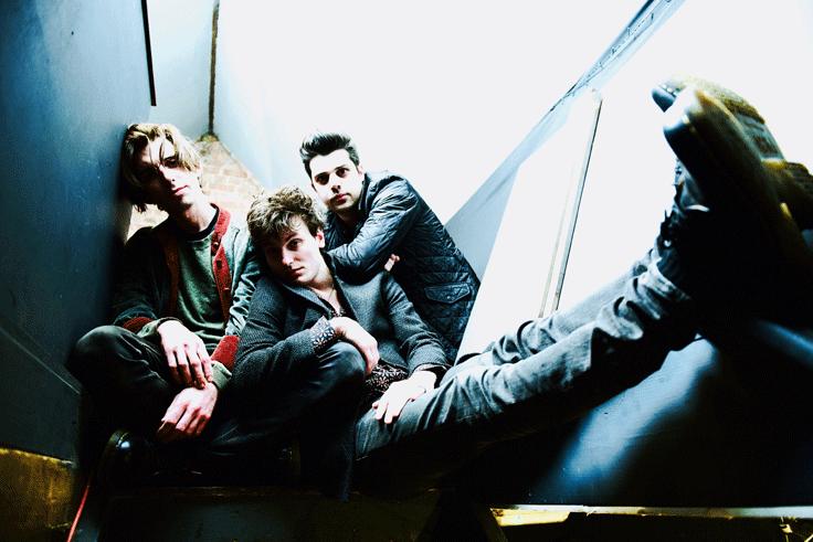 Swansea City Rockers TRAMPOLENE bounce back with a new single 'Hard Times For Dreamers' - Listen