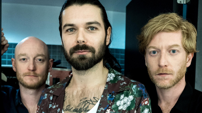 BIFFY CLYRO Announce 'MTV Unplugged' Album + Belfast Waterfront Show, Sunday 16th September 1