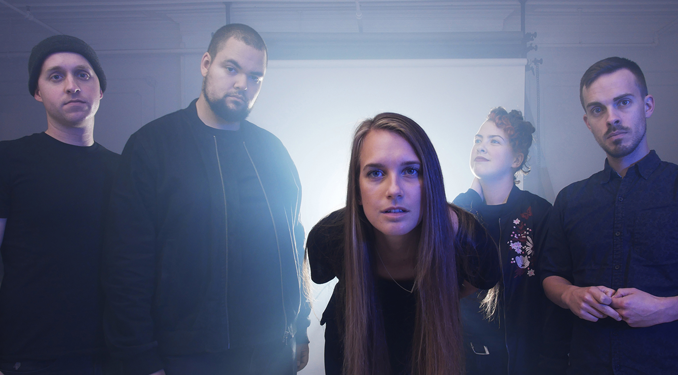 VIDEO PREMIERE: Hillsburn - 'Sun Ought To Shine' - Watch Now
