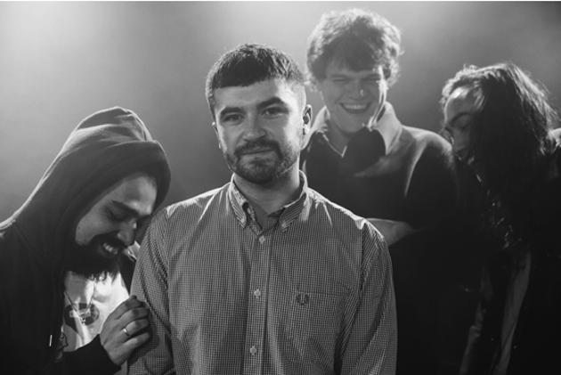 SEAN McGOWAN unveils new single: 'Cuppa Tea' ahead of new album - Listen Now