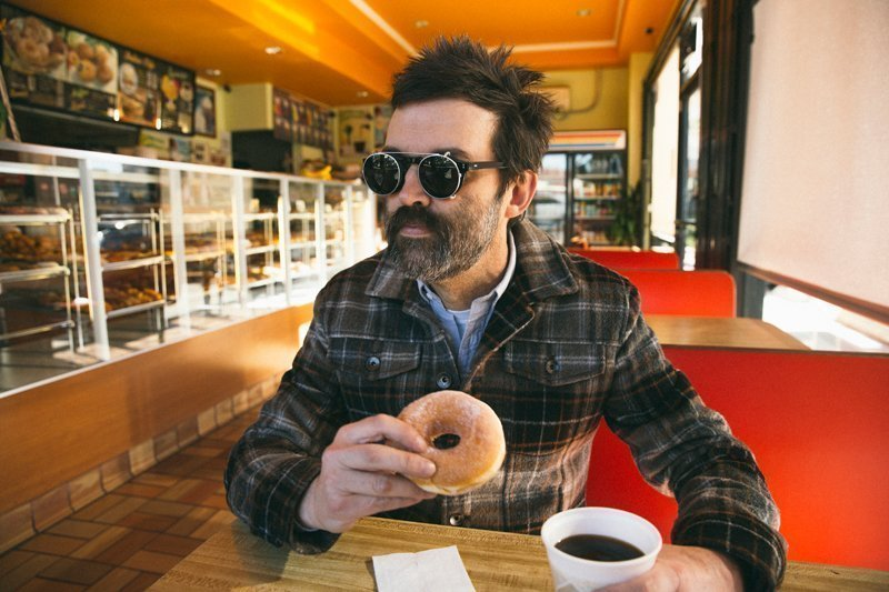 EELS Reveal Video for 'Rusty Pipes' - Watch Now