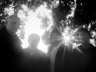 THE SMASHING PUMPKINS release 'SOLARA' first new song by founding members in 18 years