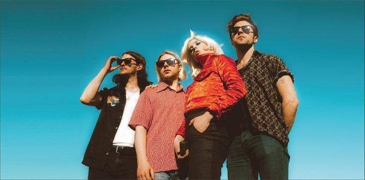 BLACK HONEY Announce self titled debut album - Listen to track