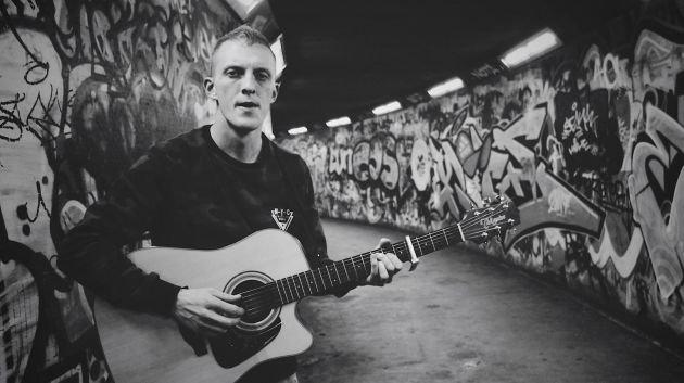 East Belfast Singer-Songwriter JOHN ANDREWS Releases Stunning New EP - Listen to Track