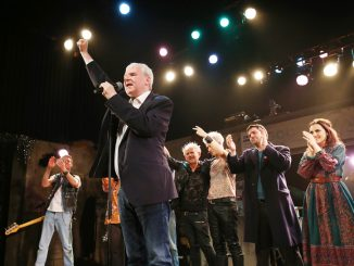 Legendary Opening Night for GOOD VIBRATIONS at the Lyric! 1