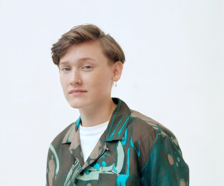 SOAK returns with new single 'Everybody Loves You' + announces intimate live shows