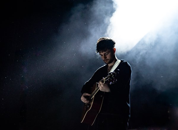 LIVE REVIEW: A Welcome South Coast Return for Tom Grennan Tom Grennan