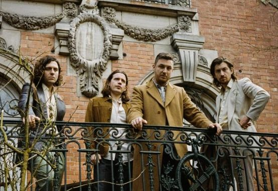 "ARCTIC MONKEYS Announce 7"" of ""Tranquility Base Hotel & Casino"" single + new b-side ""Anyways"""