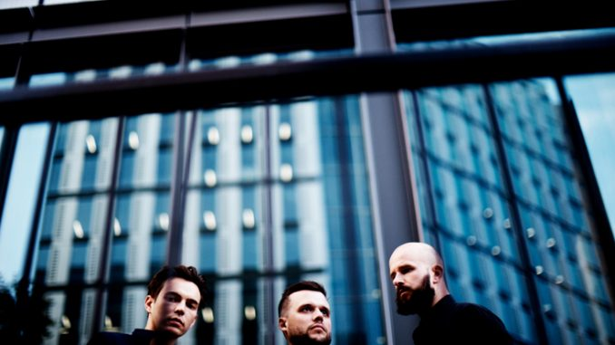 "WHITE LIES share ""Believe It"", from upcoming new album, Five 1"