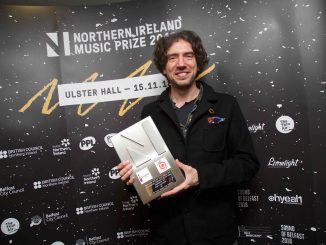 GARY LIGHTBODY receives 'Outstanding Contribution to Music' award Tonight