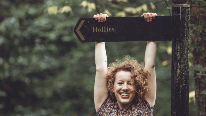 VIDEO PREMIERE: Hollie Haines -  'Mine' - Watch Now