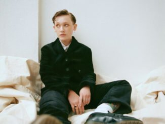 SOAK announces second album, 'Grim Town', Watch the video for new single, 'Knock Me Off My Feet'