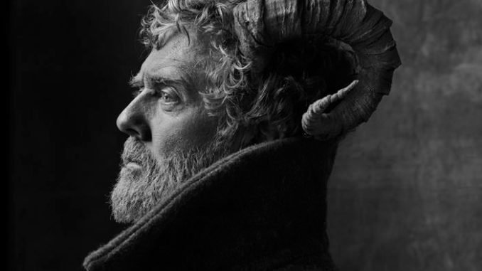 Glen Hansard reveals video for new single 'I'll Be You, Be Me' - Watch Now