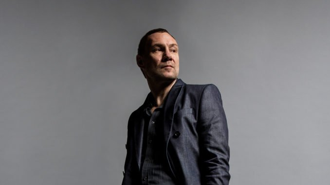 DAVID GRAY Releases his new single 'A Tight Ship' - Listen Now