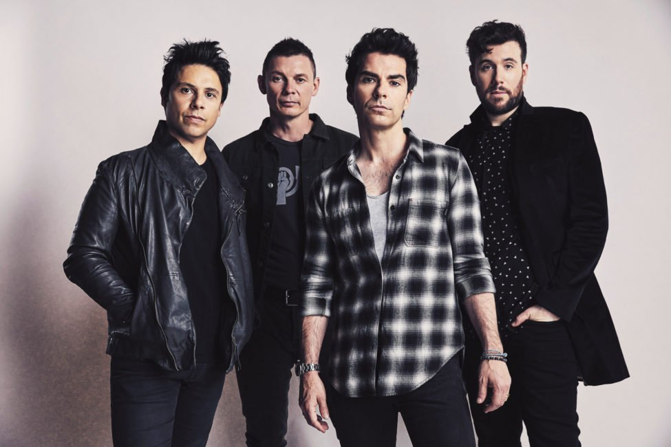 STEREOPHONICS drop surprise new song 'CHAOS FROM THE TOP DOWN' today - Listen Now
