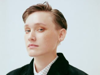 SOAK premieres new single 'DÉJÀ VU' - Watch Now