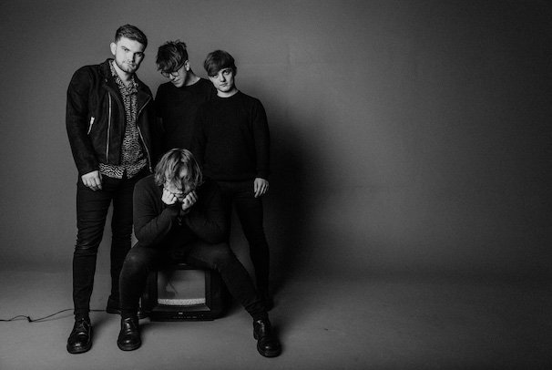 RETRO VIDEO CLUB Release New Single 'Addicted' Today - Listen Now