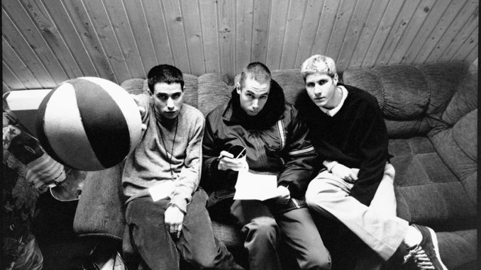 BEASTIE BOYS share mini-documentary celebrating 25 years of Ill Communication - Watch Now